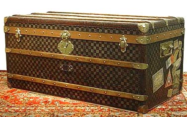 antique trunk history and vintage steamer trunk information main page. Black Bedroom Furniture Sets. Home Design Ideas